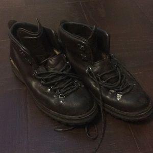 fc8eadac3d91 Danner hiking boot
